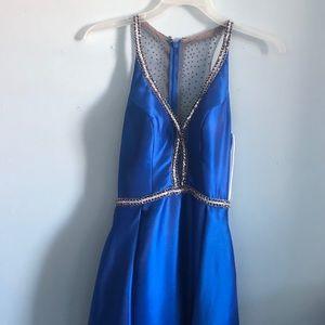 Dresses & Skirts - Size 4 prom dress